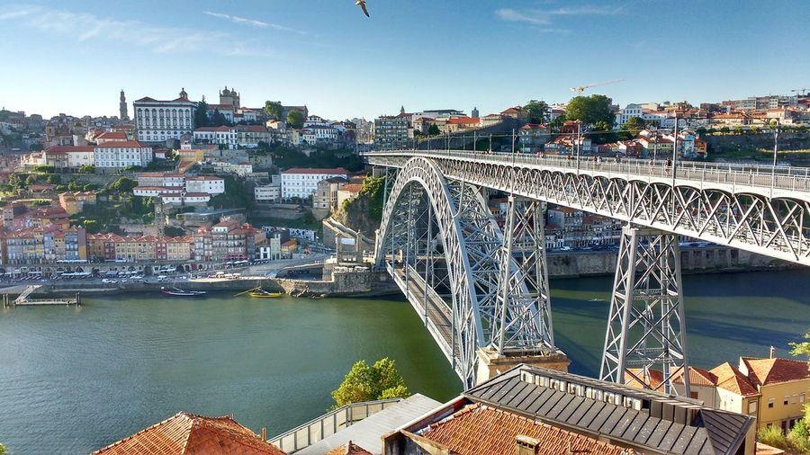 Porto (Portugal🇵🇹) Puente Don Luis I 📷Photo by misteralvaroz First Eyeem Photo Eyeem Photo Eyeem Photography EyeEm Gallery Oporto Portugal Puente Don Luis I Douro River Douro Wine Rio Duero Railway Bridge Postcard