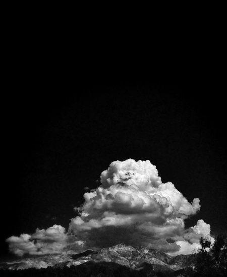 El Pinajarro coronado por nubes Extremadura Blackandwhite Black & White RincónHervás
