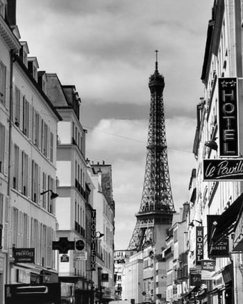 Paris TourEiffeil Toureiffel Eiffel Tower Black & White Noiretblanc Blackandwhite Travel Culture Art Creation