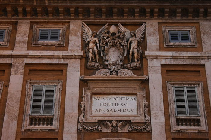 Rome Architecture Bas Relief Building Exterior Built Structure Close-up Day Façade History Low Angle View No People Outdoors Sculpture Statue Travel Destinations Window
