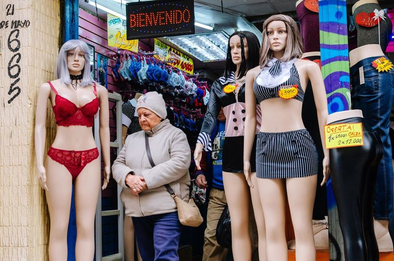 Many-queen Women Young Adult Adult Three Quarter Length Standing Young Women Portrait People Smiling Real People Group Of People Casual Clothing Looking At Camera Front View Leisure Activity Day Lifestyles Fashion Text Beautiful Woman EyeEm Best Shots EyeEm Selects Human Connection The Art Of Street Photography The Street Photographer - 2019 EyeEm Awards