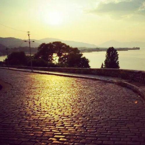 Αιγιακι μου ποτέ δεν σταματω να ξαφνιαζομαι μαζι σου! Instagreece Instaphoto Hometown Aigion sunny day road
