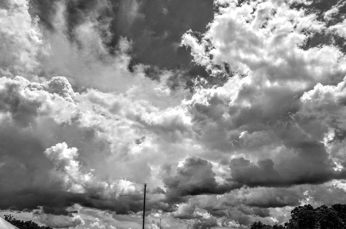 My second obsession Fine Art Photography Solumn Middle Of Nowhere Smalltownusa Cloud And Sky Cloudscape Black And White Blackandwhite Black&white Skyporn Skyscape Empty Spaces Rural Landscape Small Town USA MidWest Midweststateofmind Midwest Sky MissouriLife Missouri Beauty