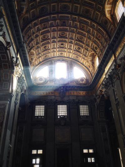 Saintpetersbasilica Italy Vatican Spirit Triprounditaly Windows Light Light And Shadow Sacral Architecture Sacral Cathedral