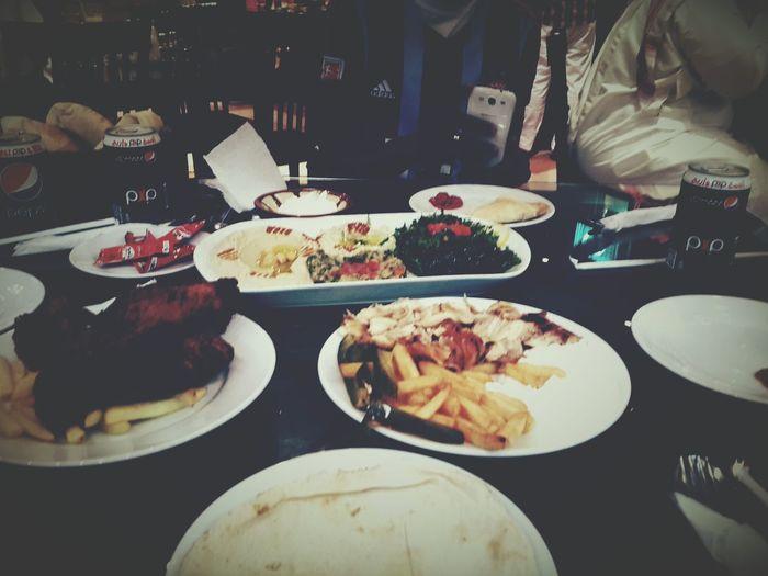 تصويري  مطعم ميجانا