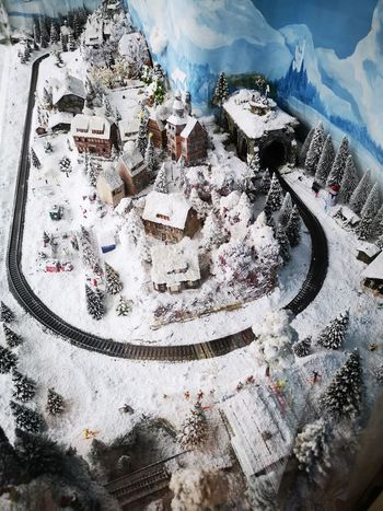 Winter Wonderland Eyeem Cologne Shop Decoration Landscape Model Model Trains Landscape Winter Snow Water Full Frame Backgrounds Close-up