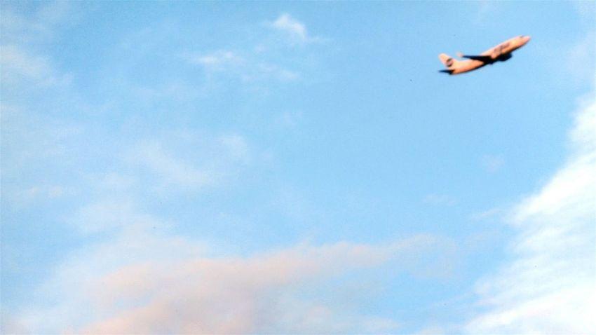 Никогда не угадаешь где же он не приземлится✈ Taking Photos Plane Airplane Air Travelling ✈ Byair Sky Utair Hello World