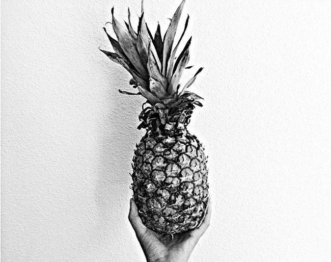 ~🍍~ Ananas Black And White