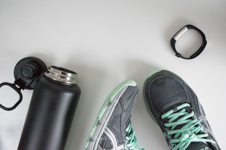 Exercise Exercising Headphones Lifestyle Resolutions Tech Technology Everywhere Work Out Close-up Day Excercise Exercise Equipment Fitness Gym Gym Gear Health Healthy Lifestyle Indoors  Lifestyles Shoes Smart Phone Smartwatch Styled Technology Waterbottle