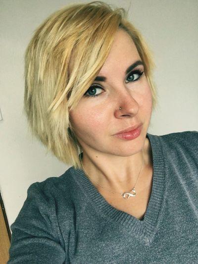 Sordi Fool Girl Woman Self Selfie Self Portrait Me Shot Blondie Blonde Girl Blonde Hair Blonde Blondiegirl Hairstyle Cat Eyes Green Eyes Full Lips Lips Have A Nice Day♥ Instagram: 93sima