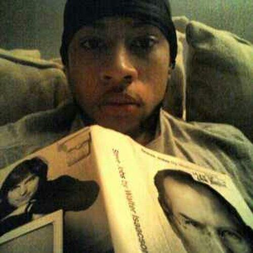 I Love Readin Lol Im Such A Nerd:)
