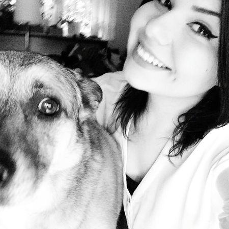 Sohappyrightnow Cuddlebuddy Sohappy Withmydog  I Love Dogs Mydogsarecoolerthanyourkids Taking Photos Love❤ Lovemydog