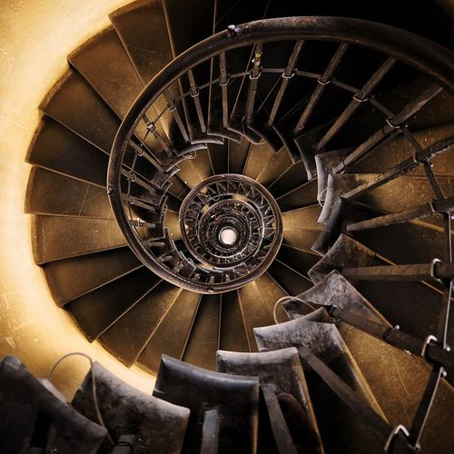 The Monement Staircase, London Spiral Architecture Steps Spiral Staircase Stairs Spiral Stairs Monument Monument London