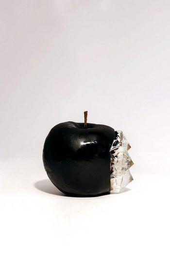 Minimalism Apple Dadaism Dadaïsme Story