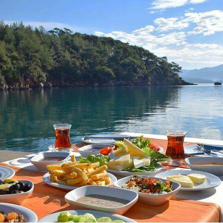 Bu guzel kahvalti tek yapilmaz dimi Kahvaltı Breakfast Drink Plate Sea And Sky çay