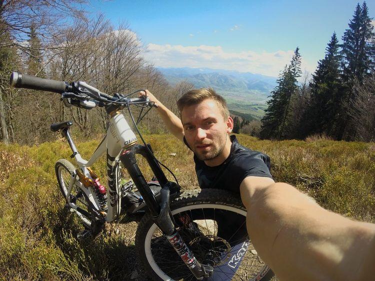 Eyeemphoto Taking Photos Mountains And Sky Downhillmountainbiking Bikeislife Malafatra Chleb Mylife Mydream MYeverything !