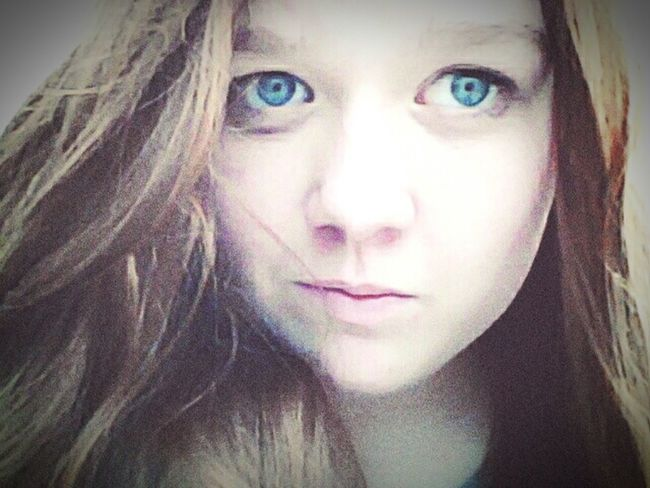 Good Day Eyeem Photography Holiday Selfie Russia Blue Eyes Nature That's Me Morning