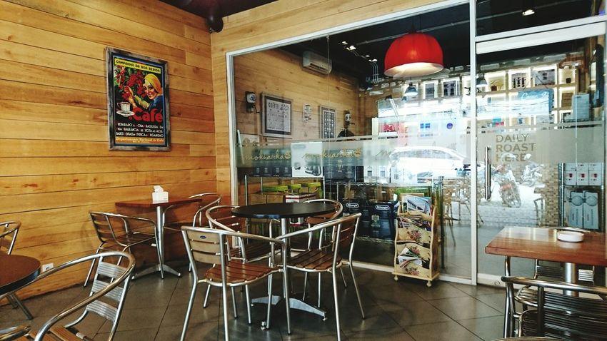 Nice time alone at local coffee shop XperiaZ5 Surabaya Coffee Shop