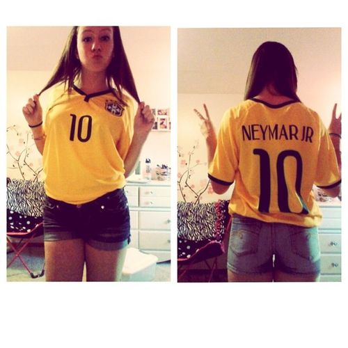 Because my jersey came today. ⚽ Neymarjr Brazil