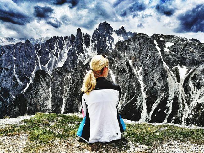 Whataview Südtirol Nature Outdoors Nachdenklich Eyemphotography EyeEmNewHere Hikking Mountain Loveit Likeit Free Summer Water Full Length Spraying Motion Women Young Women Rear View Sky Cloud - Sky Casual Clothing