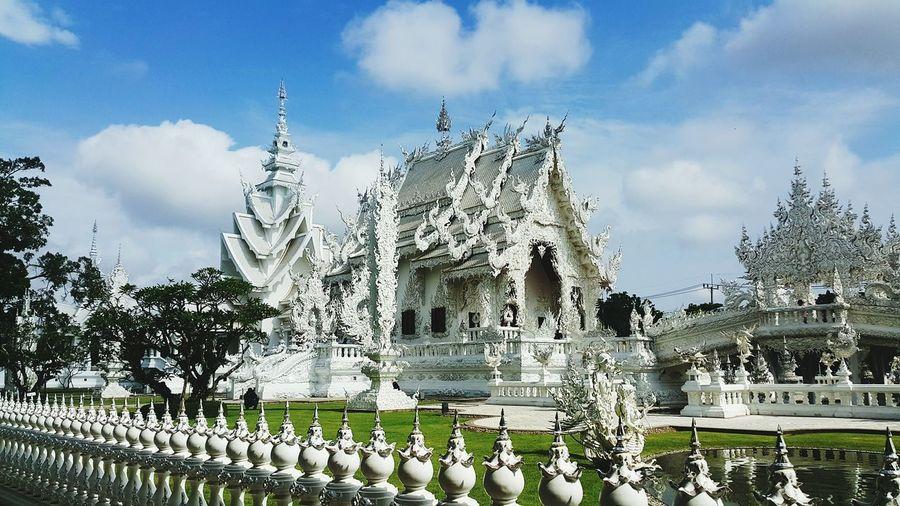 Wat rong khun against sky
