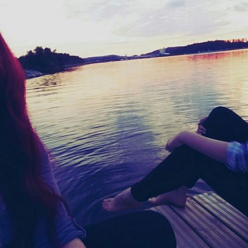 Summer Pier Lake View Sunlight Sunset Relaxing Enjoying The Sun Friends Girls Kuopio