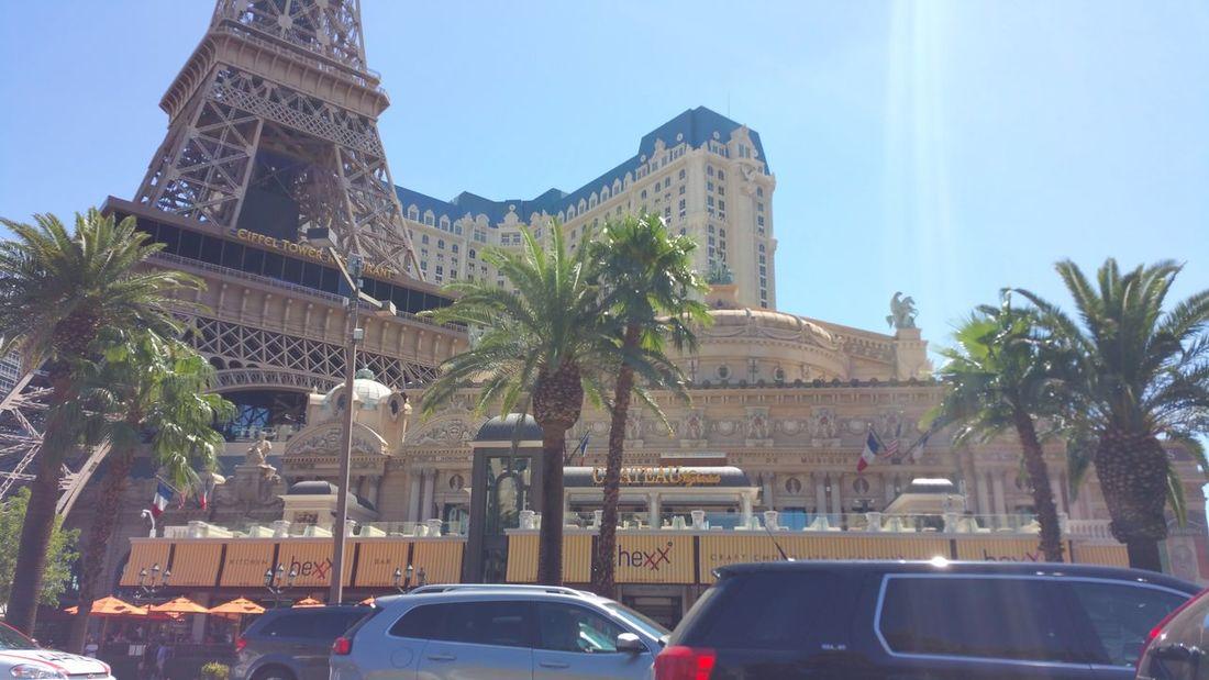 Vegas Driving Hotel de Paris VEGAS🎲 Hotel Paris París Hotel-Las Vegas, Nevada City Tree Palm Tree Sky Architecture Building Exterior Built Structure #urbanana: The Urban Playground