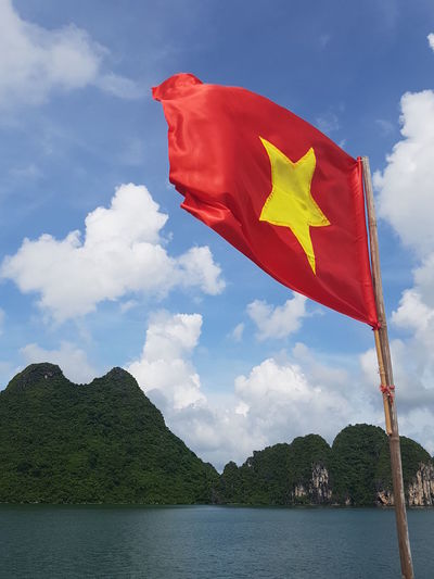 Ha Long Bay Ha Long Bay Cruise Patriotic Patriotism Vietnam Vietnam Flag Vietnamese Flag
