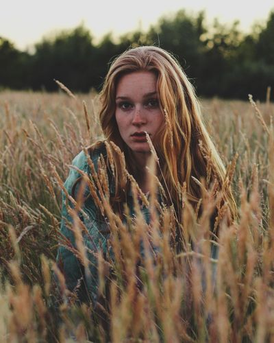 Long Hair Field One Person Adult Beauty People Summer Outdoors Young Adult Nature Adults Only Only Women Rural Scene Beautiful People Beautiful Woman Boho Young Women One Woman Only Portrait Handsome The Great Outdoors - 2017 EyeEm Awards The Portraitist - 2017 EyeEm Awards EyeEmNewHere Capture Tomorrow