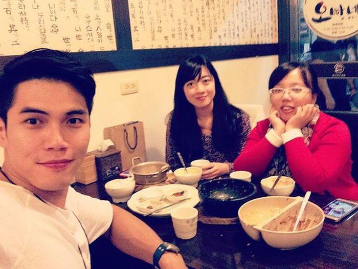 Coworker & Ex-coworker,食。한식 Koreandish Kaohsiung Scrumdiddlyumptious Lifestyle Taiwan