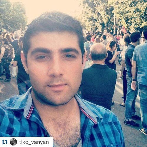 Repost @tiko_vanyan ・・・ Electricyerevan ⚡ ոչթալանին Norobbery Armenia Yerevan