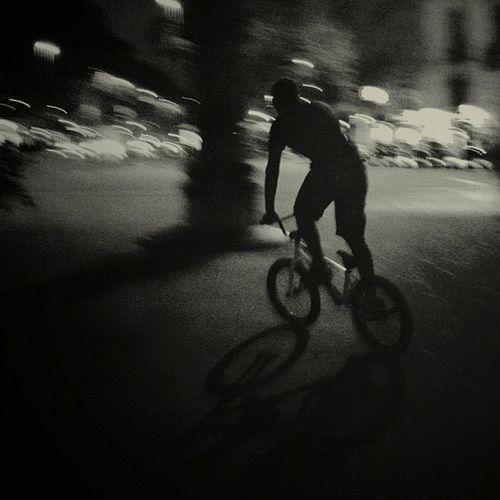 El ladrón de bicicletas - Ladri di bicicleta (1948) Dir.: Vittorio De Sica #fotosquemerecuerdanpelículas #photosthatremindmemovies Barcelona Panning Lareki Photosthatremindmemovies Fotosquemerecuerdanpelículas Iphonenly
