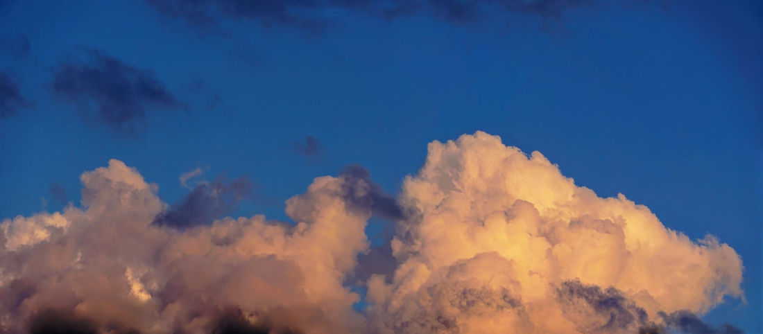 Backgrounds Beauty In Nature Blue Cloud - Sky Cloudscape Day Full Frame Idyllic Low Angle View Meteorology Nature No People Non-urban Scene Outdoors Scenics - Nature Sky Sunset Tranquil Scene Tranquility