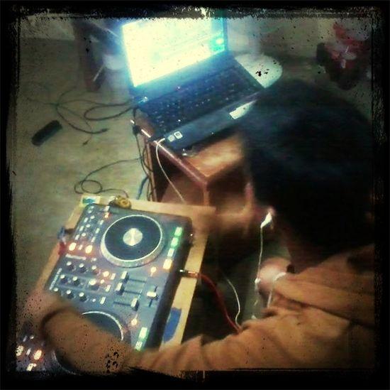 Mix Edm set by dj Iem on the mix