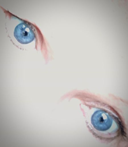 Human Body Part Human Eye One Person Eyesight Human Face Looking Sensory Perception One Woman Only Adult Healthcare And Medicine People Looking At Camera Close-up Iris - Eye Indoors  Portrait Adults Only Eyeball Only Women Eyebrow