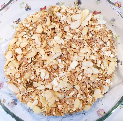 Apple Almond Crumble Dessert
