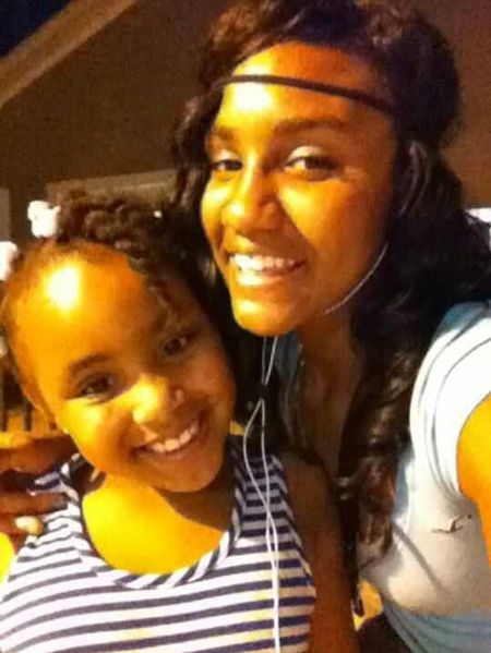 My Sister is my twin ! ' ♥