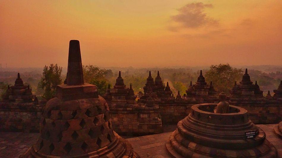 Borobudur Yogjakarta INDONESIA Traveling Travel Photography Travel Trip Sunrise_Collection Sunrise Beautiful Nature