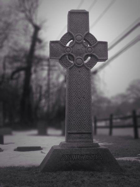Cemetery Blackandwhite Graveyard Gravestone EyeEm Best Edits Eye4black&white  IPhoneography Darkart Gothic Gothicportrait
