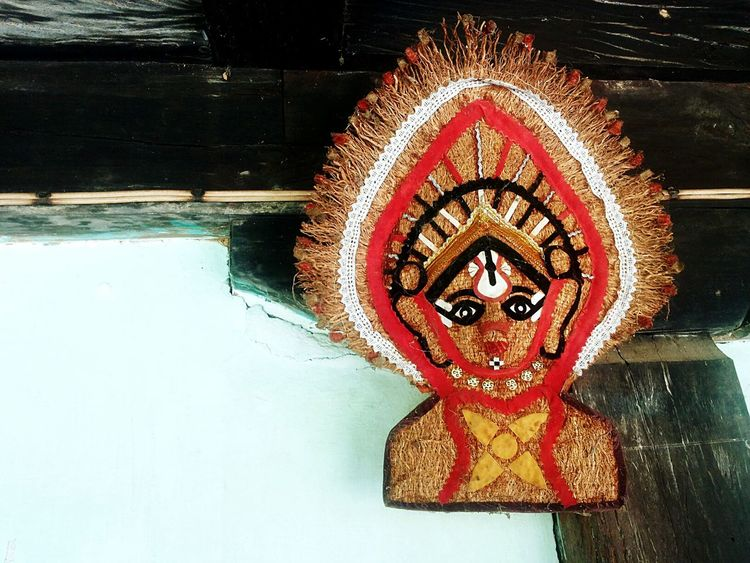 being creative handmade decoration wallhanging kireeta Yakshagana Theatrical Form Colorful Southern India Folk Art  Folk Dance, Drama Karnataka India Rule Of Thirds Beauty Redefined