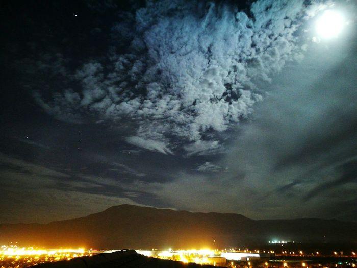 Lunita llena bajo la neblina Sky Night Dramatic Sky Scenics Beauty In NatureMilky Way Cloud - Sky Outdoors Galaxy Astronomy City Illuminated Nature No People Space Star - Space Santiagodechile