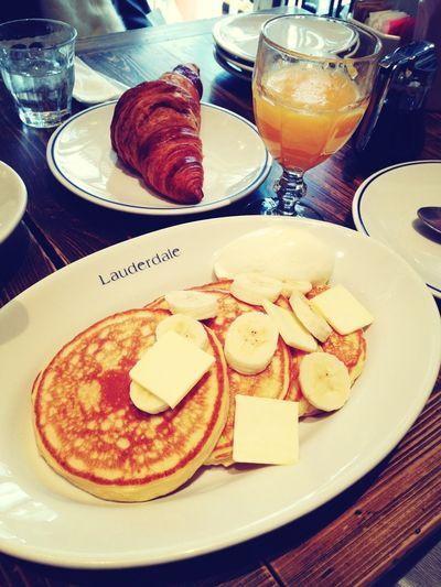 Cafe Pancakes