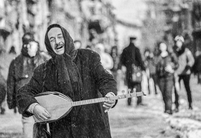 Cold Fikret Kabay Istanbul Istiklal Caddesi Musician People Snow ❄ Turkey Winter