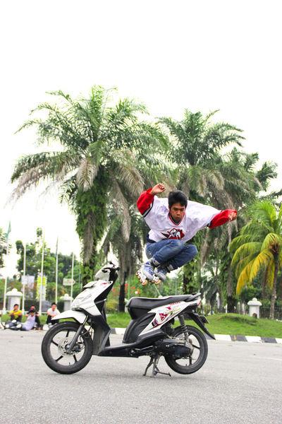 Yak!...Baguuuus???!! Youth Of Today Street Photography Taking Photos Photojurnalism Sports Photography Me & Honda Best Eyeem Photo
