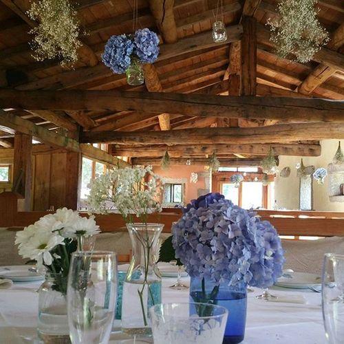Así nos quedó el comedor de la boda de A & P. Alea Bodas Bride Celebration Wedding Paniculata Gysophila Hydrangeas Hortensia Galifornia Instavigo Decoration Déco Arrangement Aleafloristerias Lovemyjob