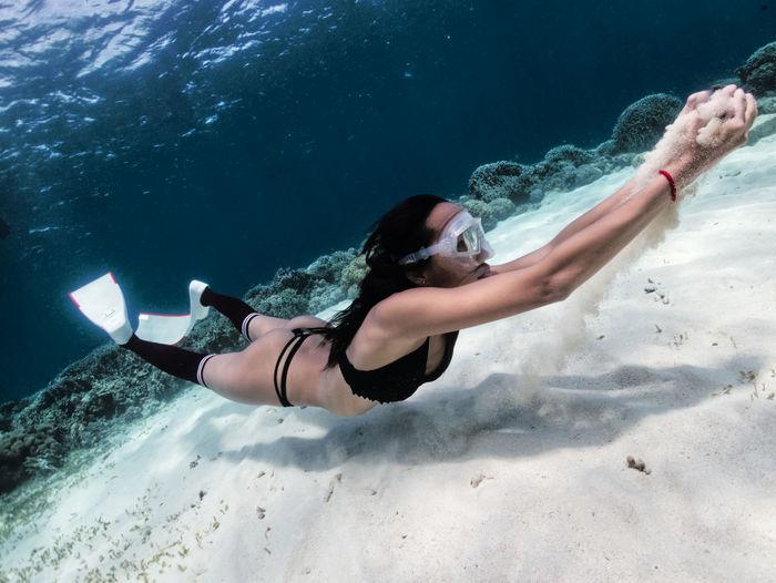 Sexy girl that freedive