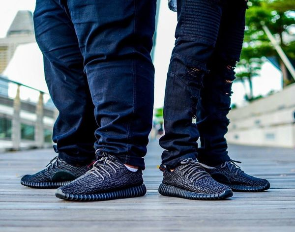 Street Fashion Sneakerhead  Yeezy