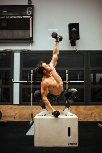 Gym Motivation #EyeEm #EyeEmSelects #Gym #Sweden #crossfit #crossfitness #exercise#squats#tryingtogetinshape#idc #gym #workout #monday #leggo #motivation #photography #squat #trainer #training #weights #tracklife #tracknation #jsuwtf #workout Exercising Healthy Lifestyle Sport