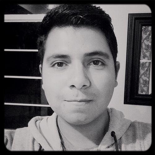 Este es el rostro de un estudiante. Muy peligroso verdad Ayotzinapa YaMeCanse TodosSomosAyotzinapa Si muero he de morir en nombre de 43 hermanos.