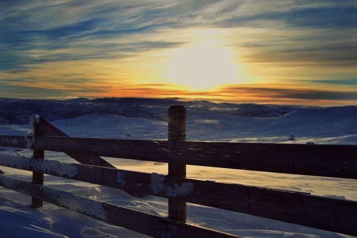 Sun Snow Wind Skiing Winter in Norway Taking Photos EyeEm Nature Lover Sky Eyemphotography Magicsky